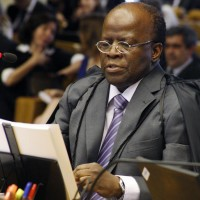Joaquim Barbosa é eleito presidente do Supremo